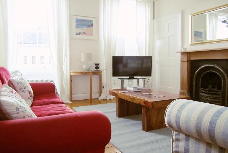 爱丁堡近皇家植物园舒适3卧公寓- Cheyne Street Apartment