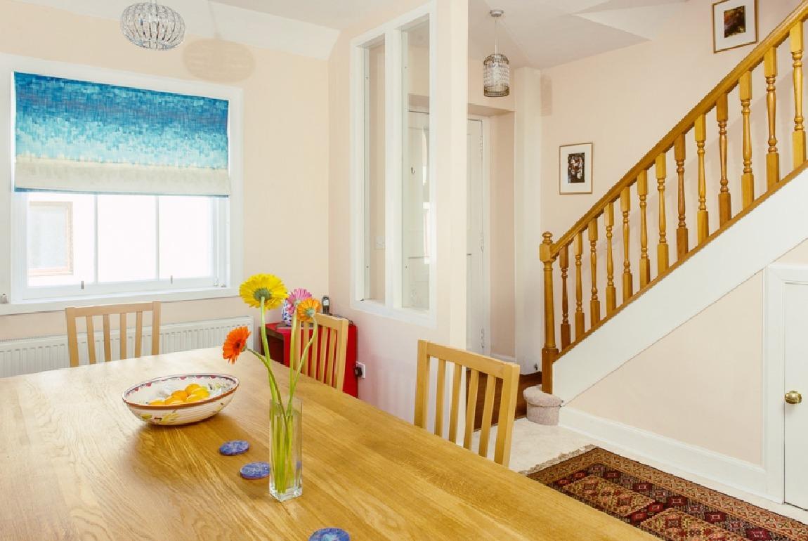 爱丁堡市中心两卧室温馨公寓(设私人车库) – Jamaica Lane