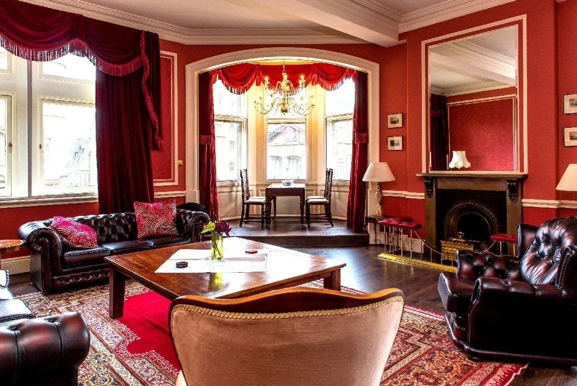 爱丁堡皇家大道豪华度假公寓-Royal Mile Mansion
