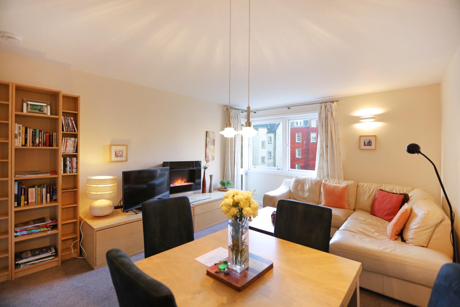 爱丁堡皇家大道帶小陽台兩卧公寓 – Royal Mile No.2