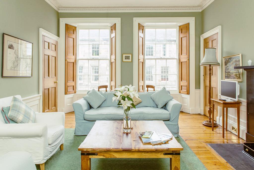 爱丁堡市中心宽敞三室公寓 – Cumberland Street